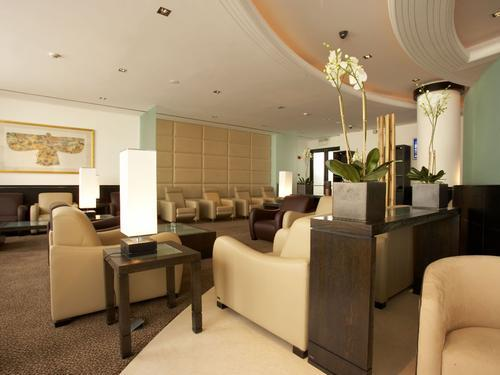 Dilmun Lounge, Bahrain International