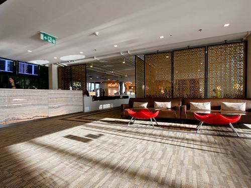 Louis' Tavern CIP First Class Lounge, Bangkok Suvarnabhumi International