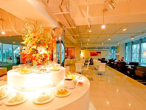 Miracle First Class Lounge, Bangkok Suvarnabhumi Intl, Thailand