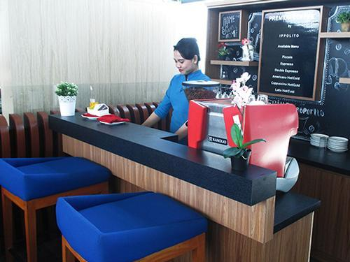 Saphire APS Blue Sky Lounge, Jakarta Soekarno-Hatta International, Indonesia