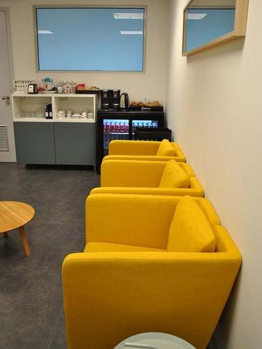 The Lounge - Terminal 2, Brussels South Charleroi