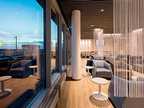 Hugo Junkers Lounge, Düsseldorf International, Germany