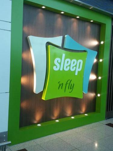 Sleep N Fly - The New Airport Sleep Concept by YAWN