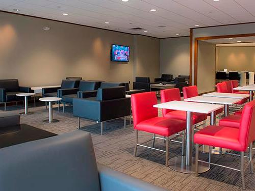 Air Canada Maple Leaf Lounge, New Your NJ Newark International