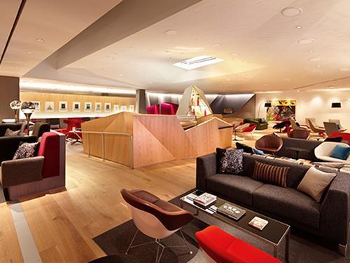 Virgin Atlantic Clubhouse, New York NJ Newark Intl, USA