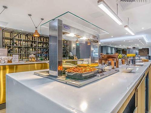 Club Aspire Lounge, London Gatwick, UK