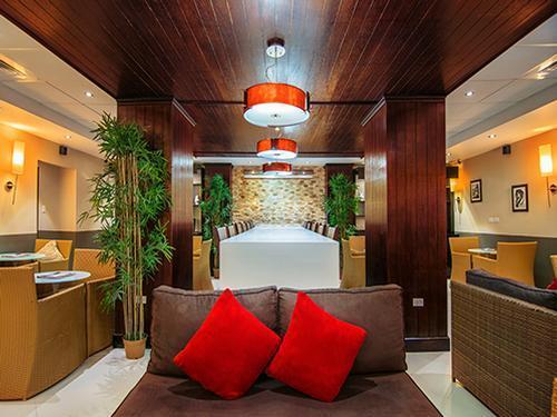 Club Mobay Arrivals Lounge, Montego Bay Sangster International