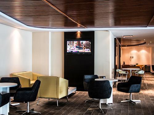 Oma - Muscat International - Plaza Premium Lounge