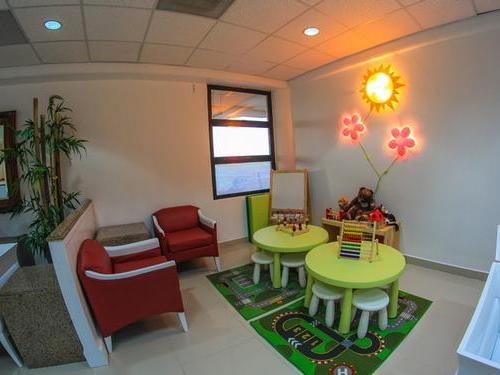 Salon Ambar (Departure Lounge)