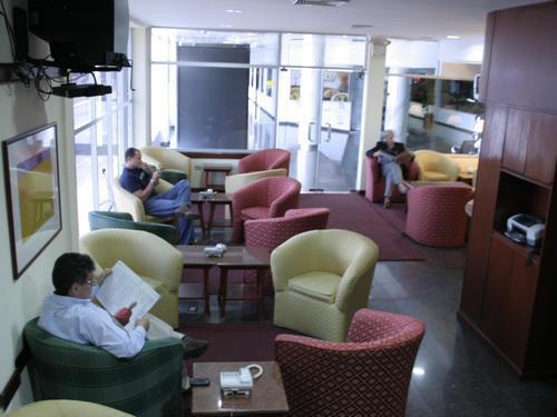 Puerto VIP Lounge2