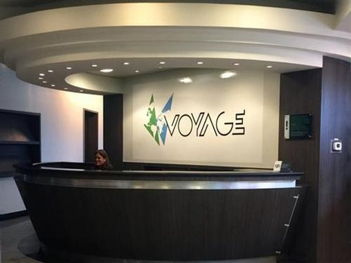 Voyage Lounge, Santiago International