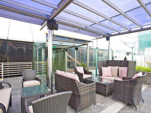 Ambassasor Transit Lounge, Singapore