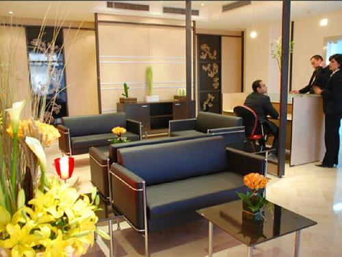 TUN, Salon VIP, arrivals lounge