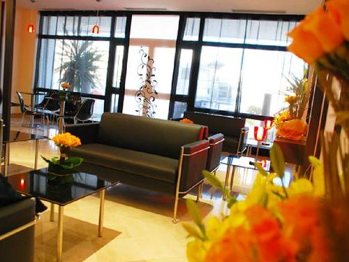 Salon VIP, arrivals lounge