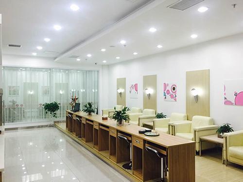 First Class Lounge, Yuncheng Guangong, China