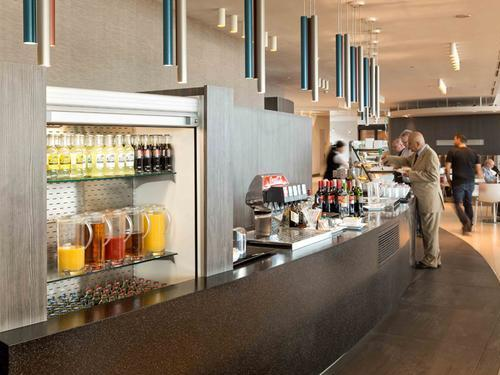 Lounge club amsterdam schiphol aspire lounge for Best airport lounge program