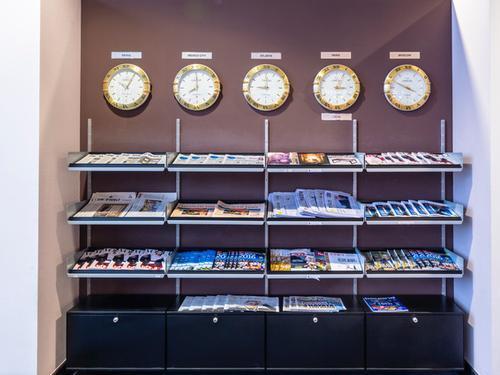 lounge club frankfurt main sky lounge fra. Black Bedroom Furniture Sets. Home Design Ideas