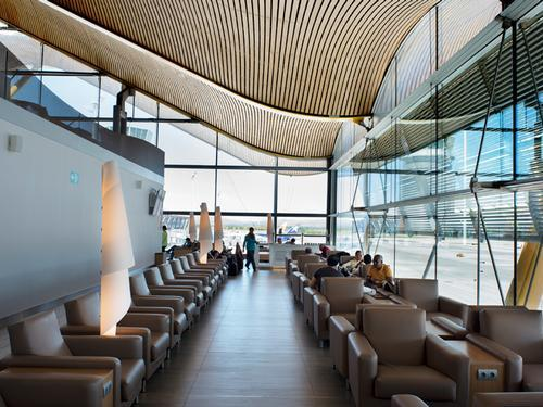 how to find priority pass lounges