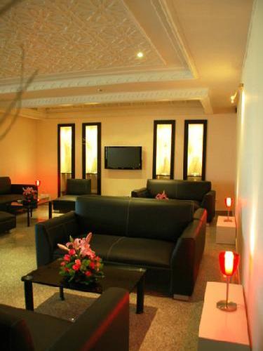 Tunis carthage for Salon priority pass